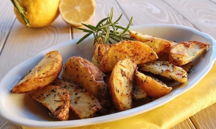 Какие специи добавить в картошку